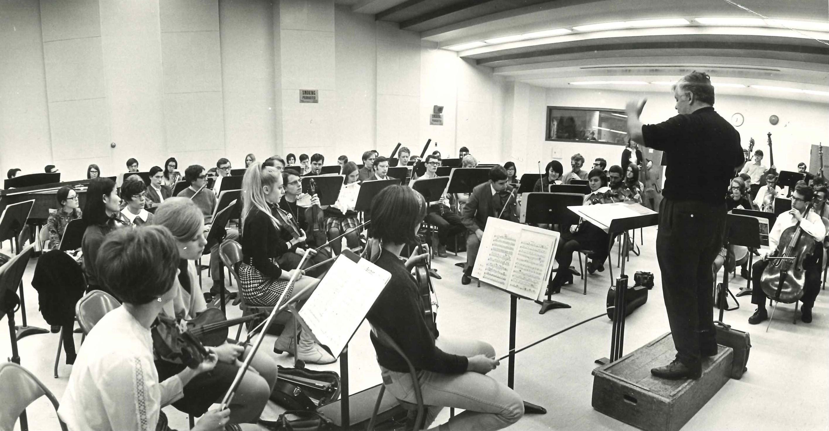 Victor Feldbrill conducting UTSO rehearsal