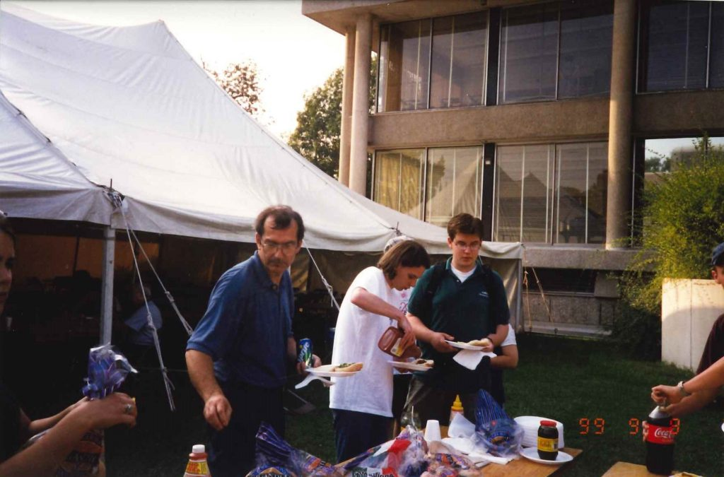 Dennis Patrick with students Frosh Week 1999