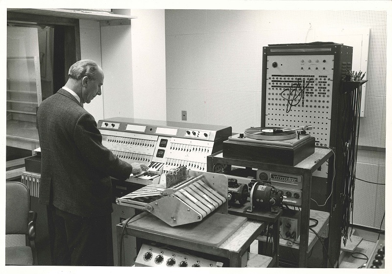 Electronic Music Studio 1963 Myron Schaeffer