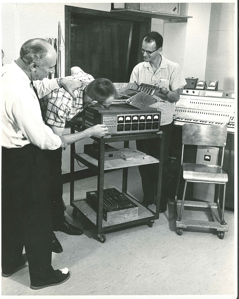 Electronic Music Studio 1963 with students